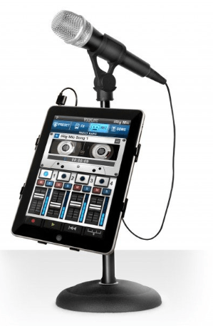 iRig  Handheld Condenser Mic connected with iPhone