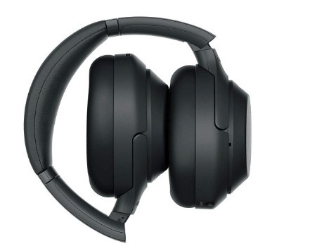 Sony WH1000XM3 foldable headphones