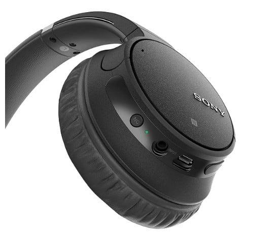 Sony WH-CH700N controls